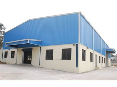 Steel structure buildings are prepared.